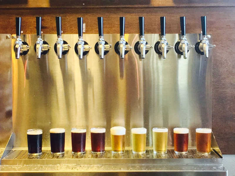 image of beer tasters courtesy of Chuckanut Brewery