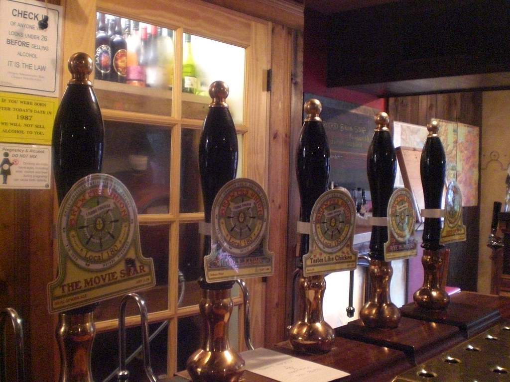 Taps at Brewers Union Local 180, circa October 2008. (photo by Angelo De Ieso)