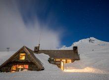 image of Silcox Hut courtesy of Timberline Lodge