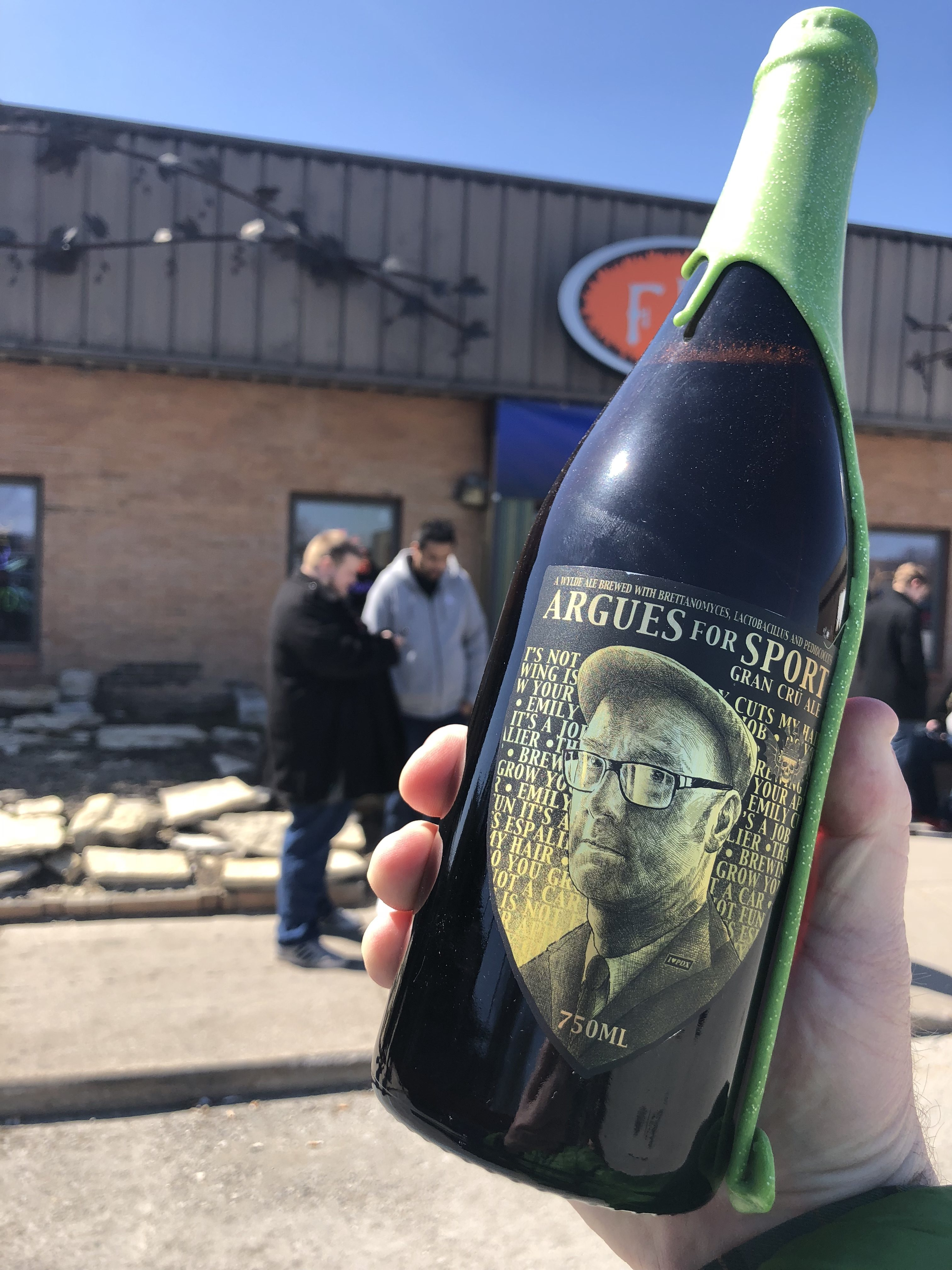 3 Floyds Brewing brewed Argues For Sport - Gran Cru Ale that honored Gigantic Brewing co-founder Van Havig in 2018.