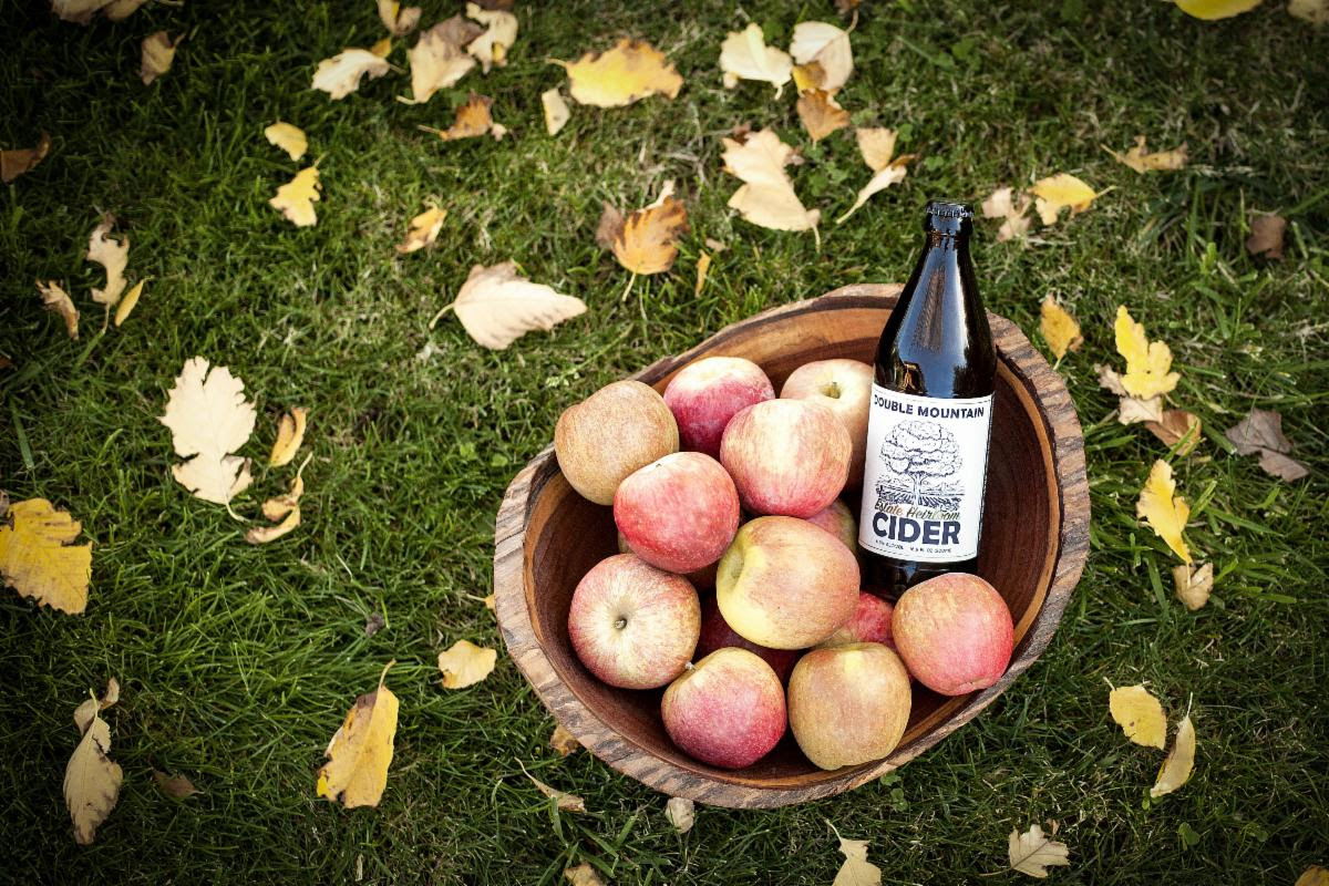 image of Estate Heirloom Cider courtesy of Double Mountain Brewery & Cidery