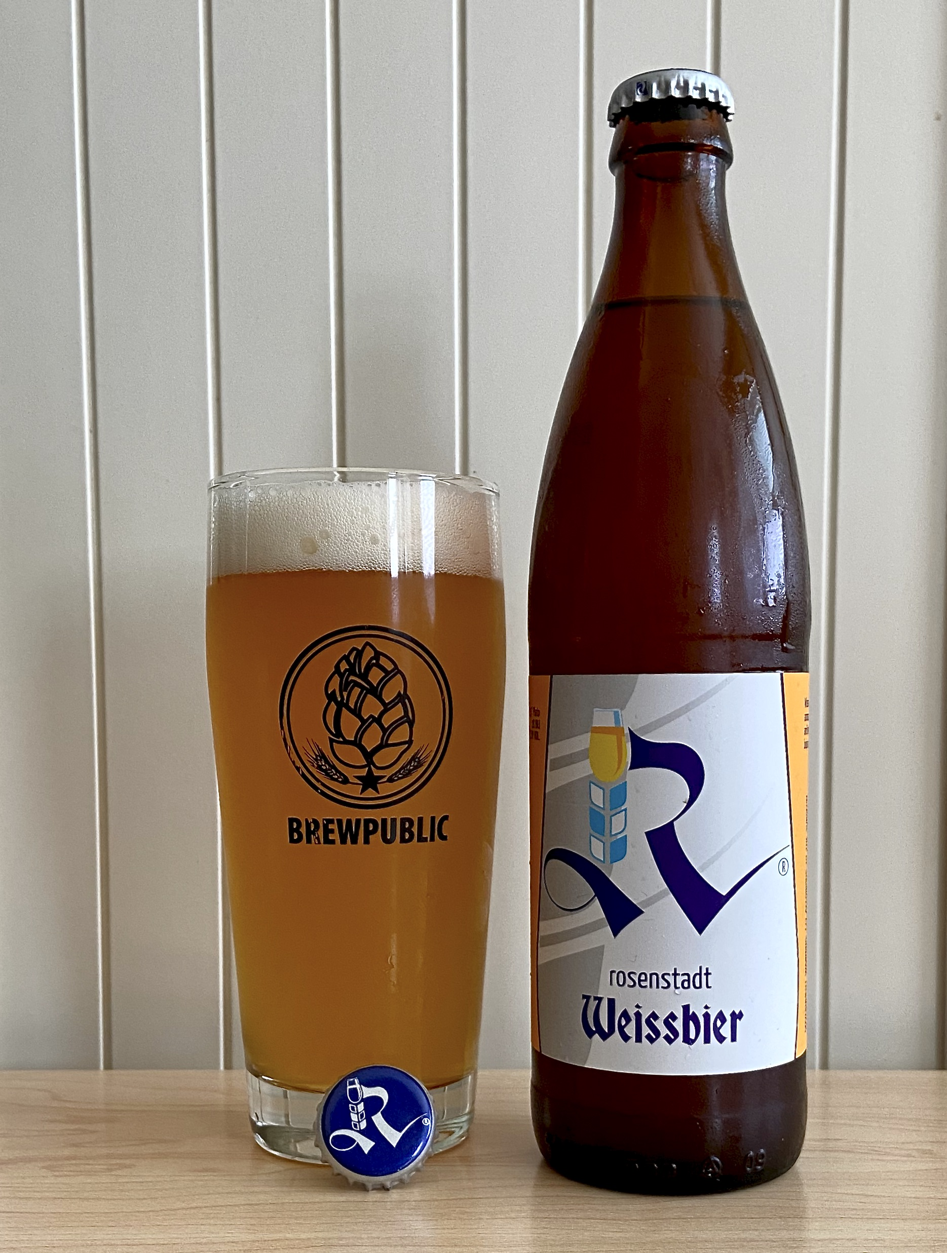 A pour of Rosenstadt Weissbier that is now available in 500mL bottles.