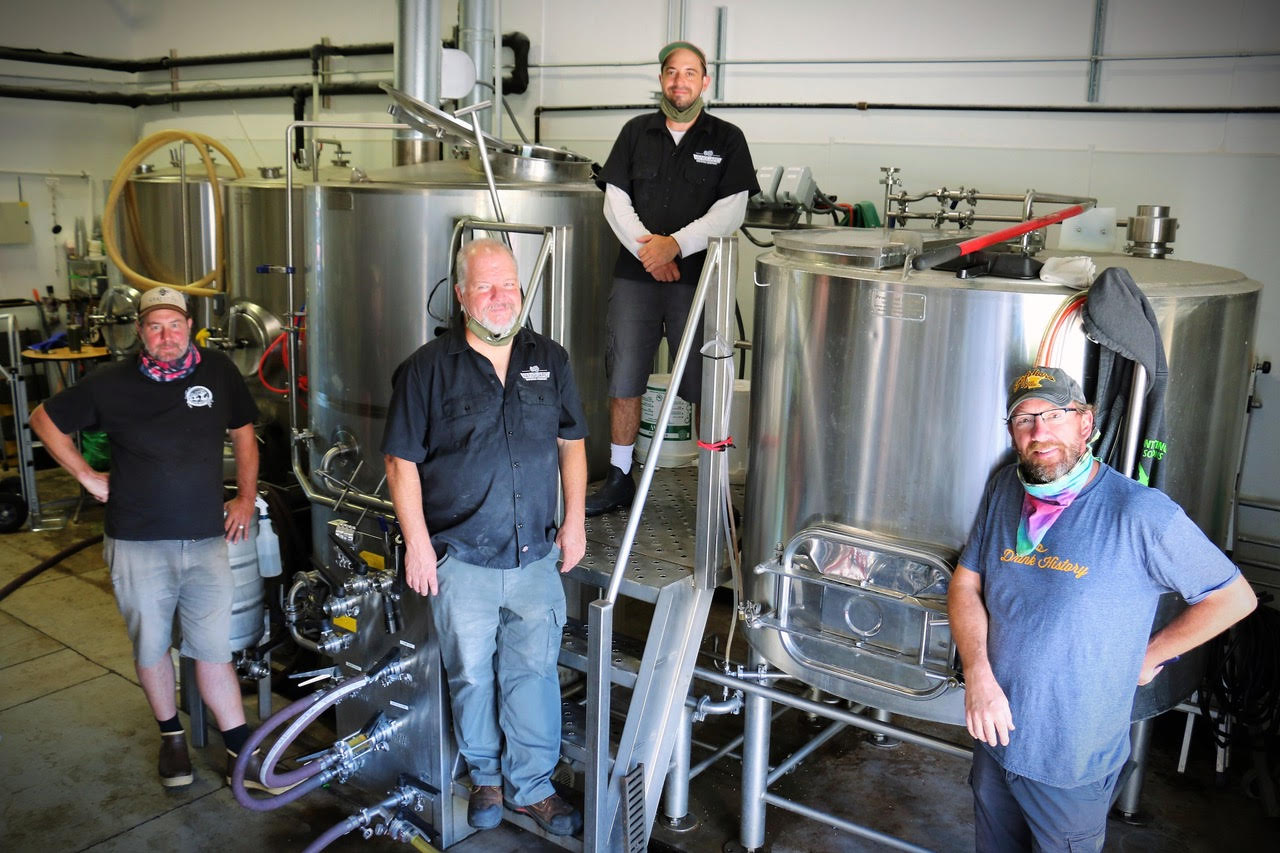 Coin Toss Brewing and Vanguard Brewing collaborate on Pink Paradise Gose. (photo credit: Laurie Tarter)