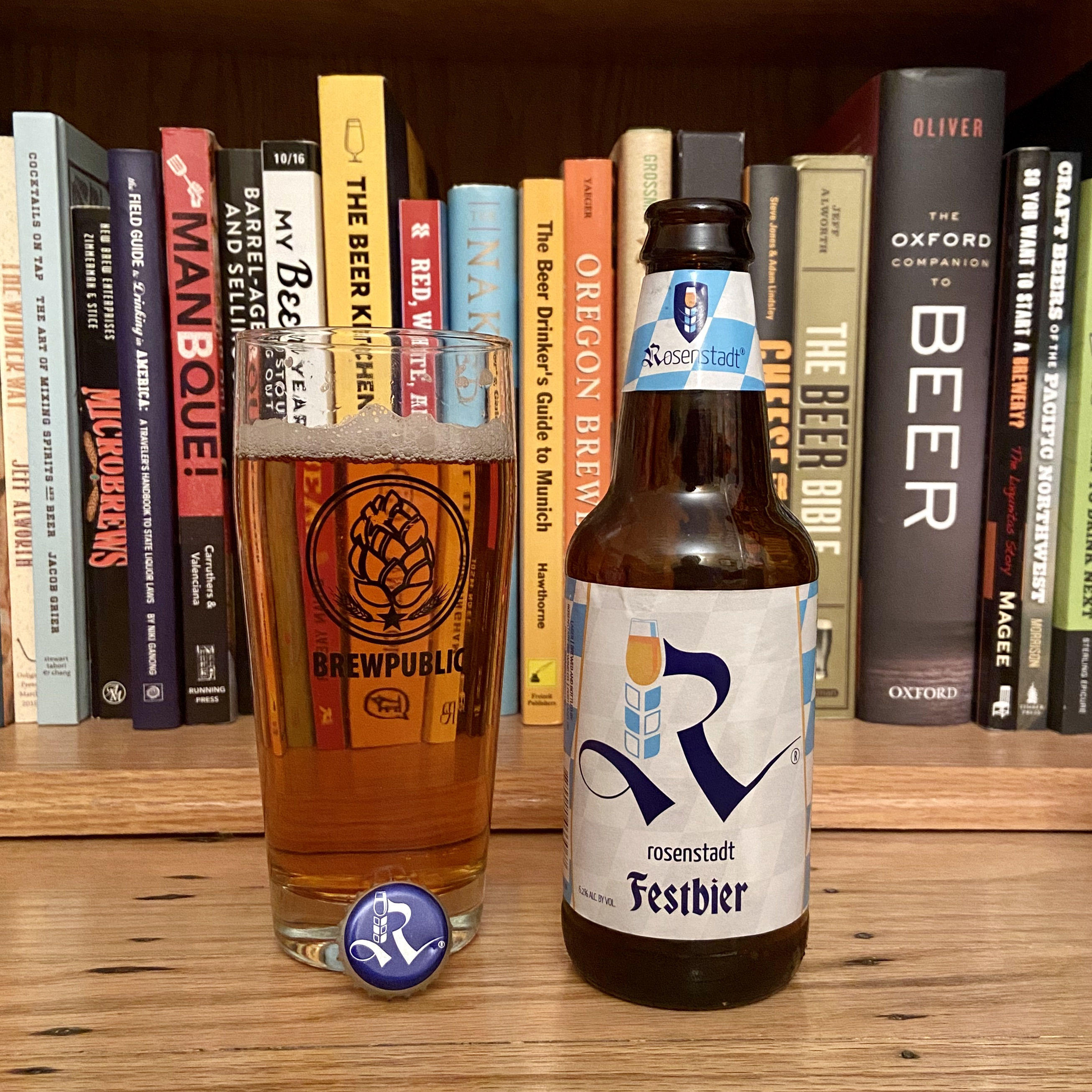 Rosenstady Brewery Festbier pours a well filtered light amber hue.