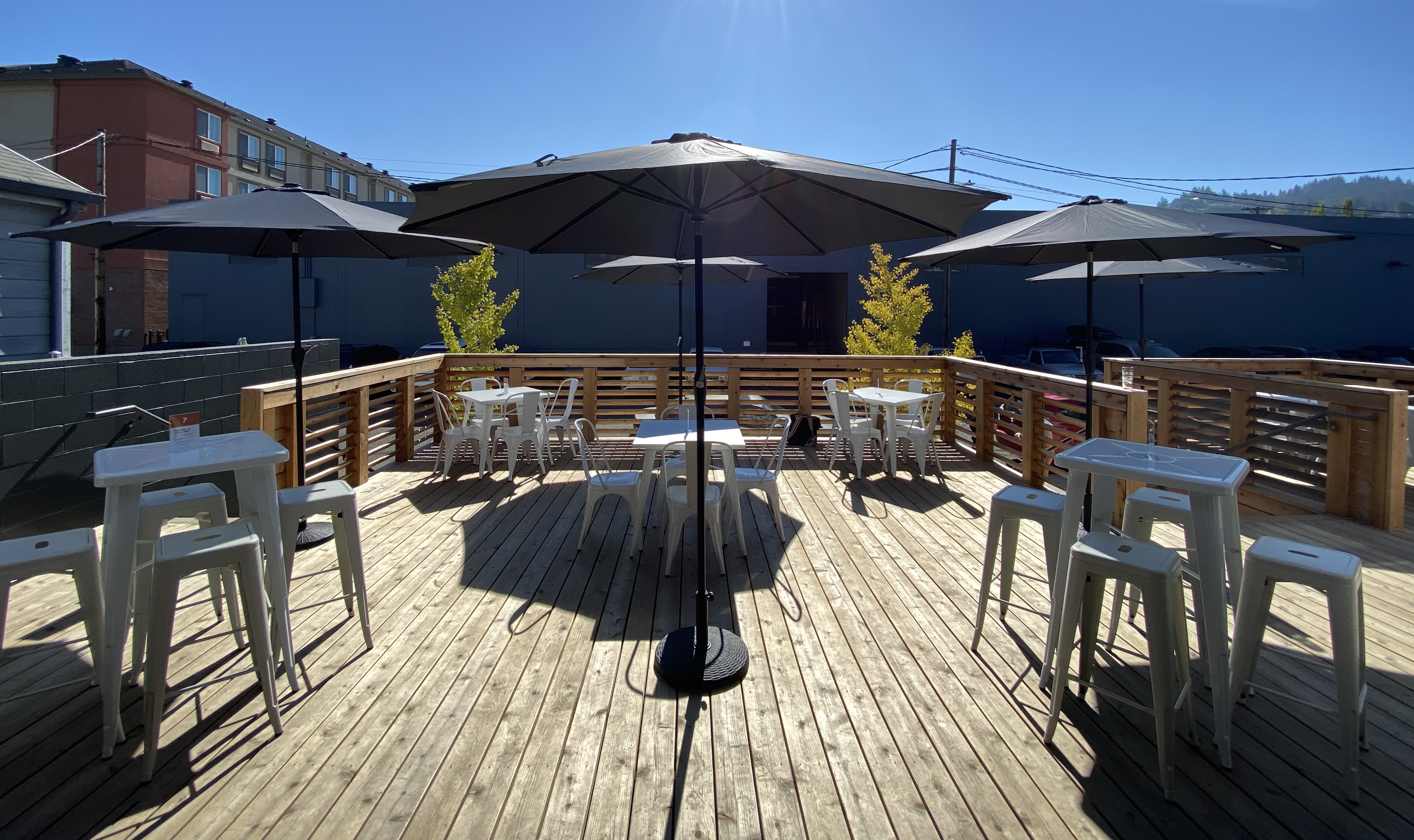 The outdoor deck is spacious at Hammer & Stitch Brewing.