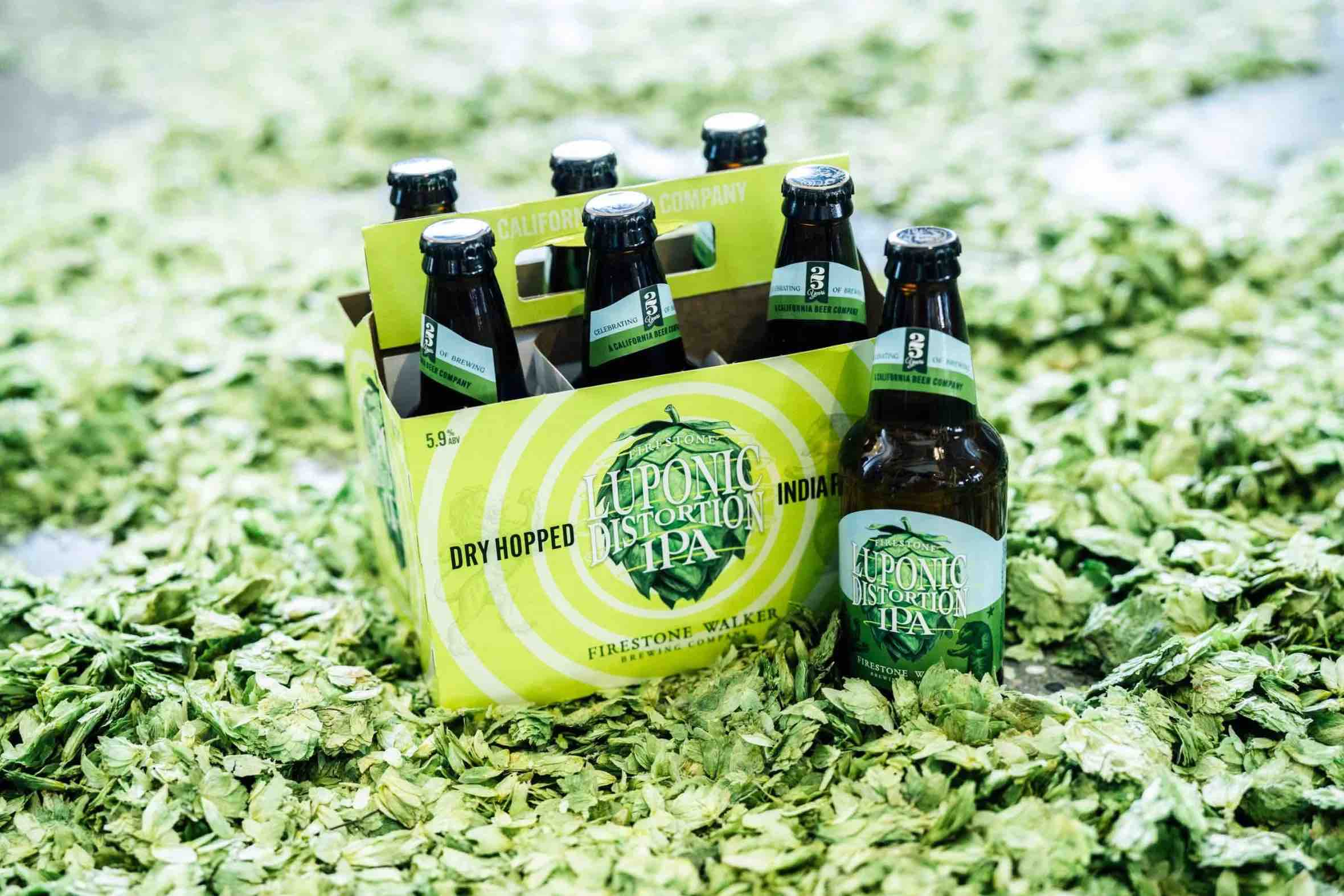 image of Luponic Distortion IPA No. 018 courtesy of Firestone Walker Brewing