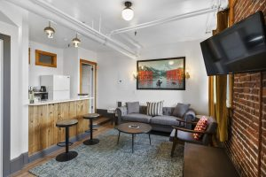 image of the pFriem Suite courtesy of the Hood River Hotel